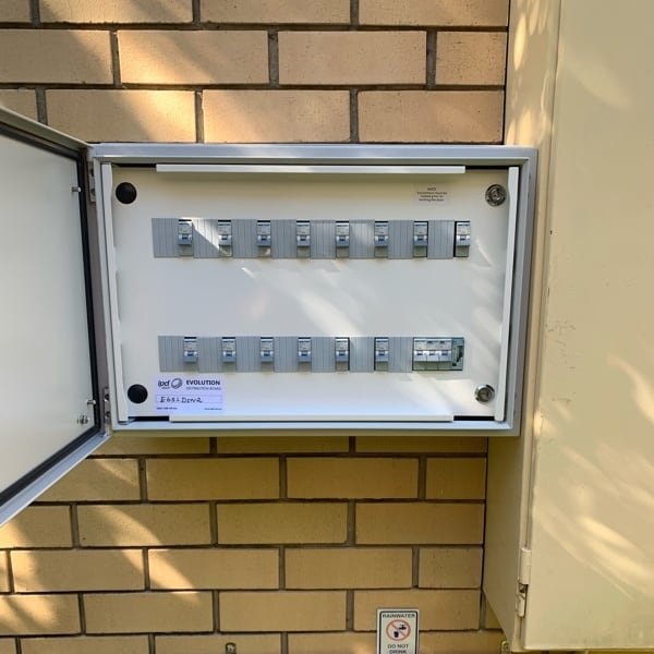 Switchboard upgrade Taringa new panel